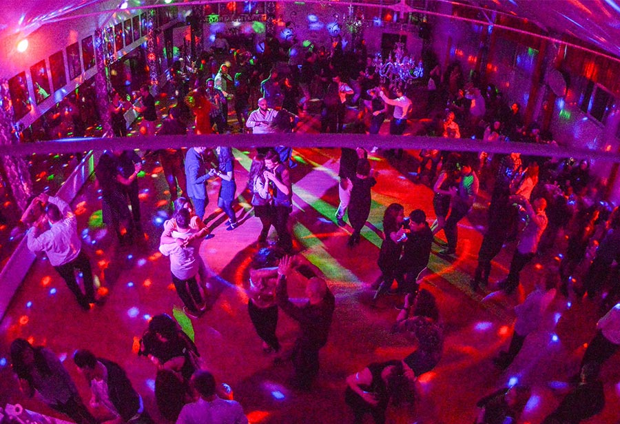 Petrecere de Craciun con Sabor - Salsa, Kizomba, Bachata, Tango Argentinian, Dans contemporan Bucuresti